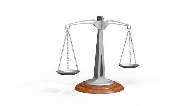 advokatai ir teisininkai panevėžyje