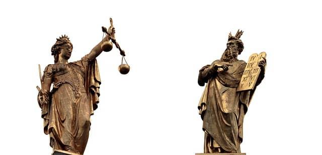 Siūlo darbą teisininkui ar advokatui