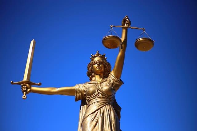 teisinė pagalba internetu